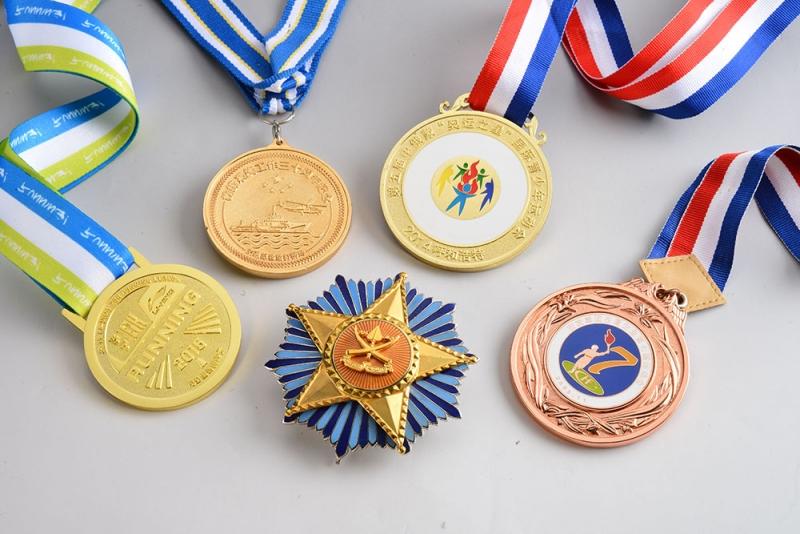 金属徽章的材质有哪些-北京徽章定制厂家